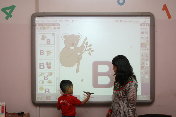 Image 1 of Smarten Ninos Play school
